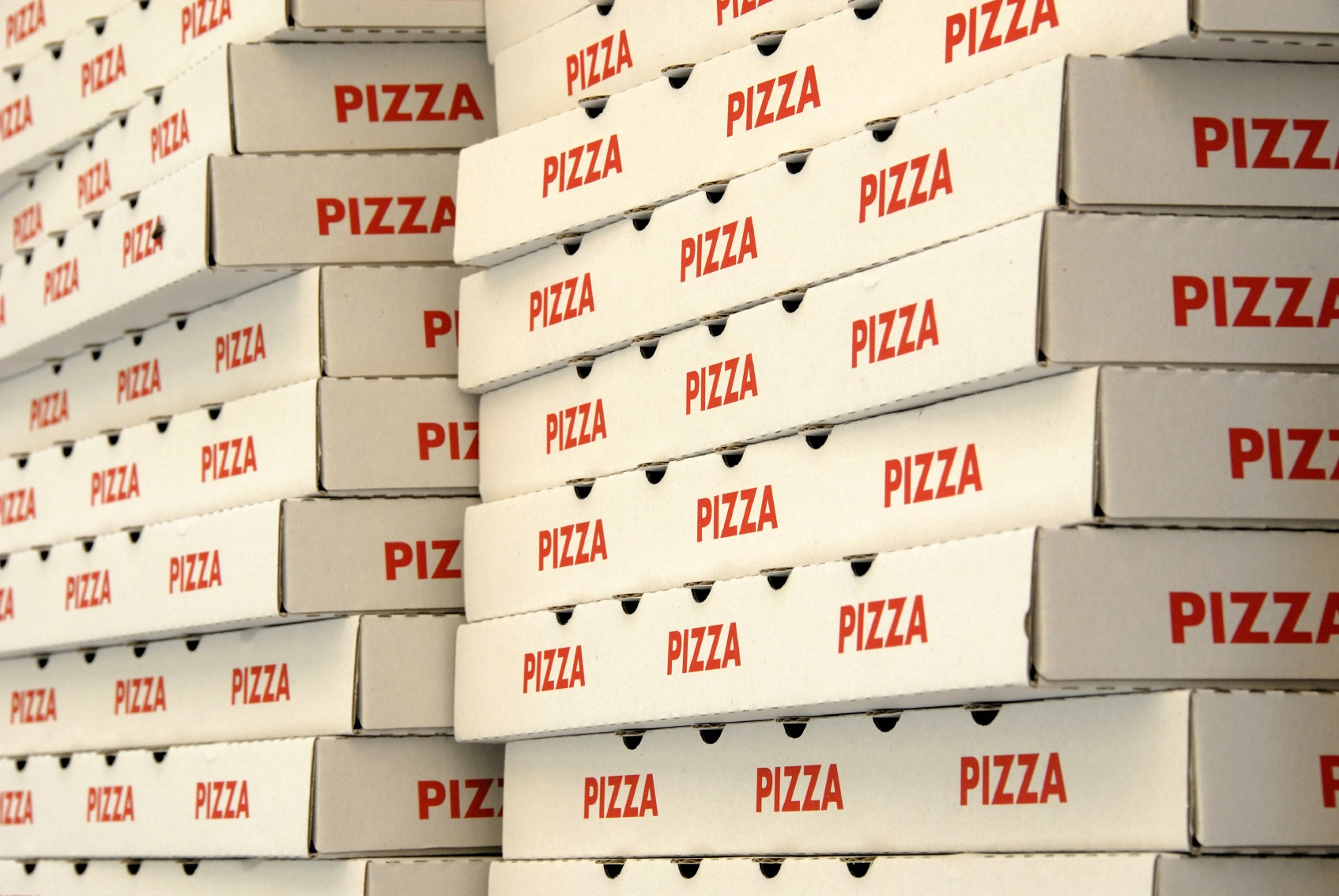 Weekly Economic News Roundup and pizza box recycling