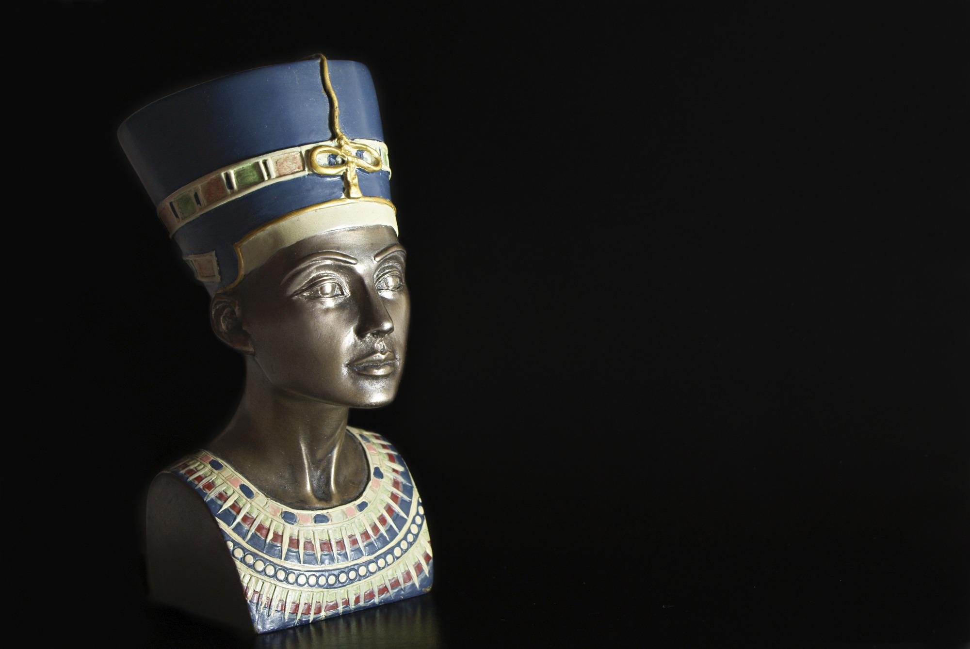 Beauty and Human Capital Nefertiti