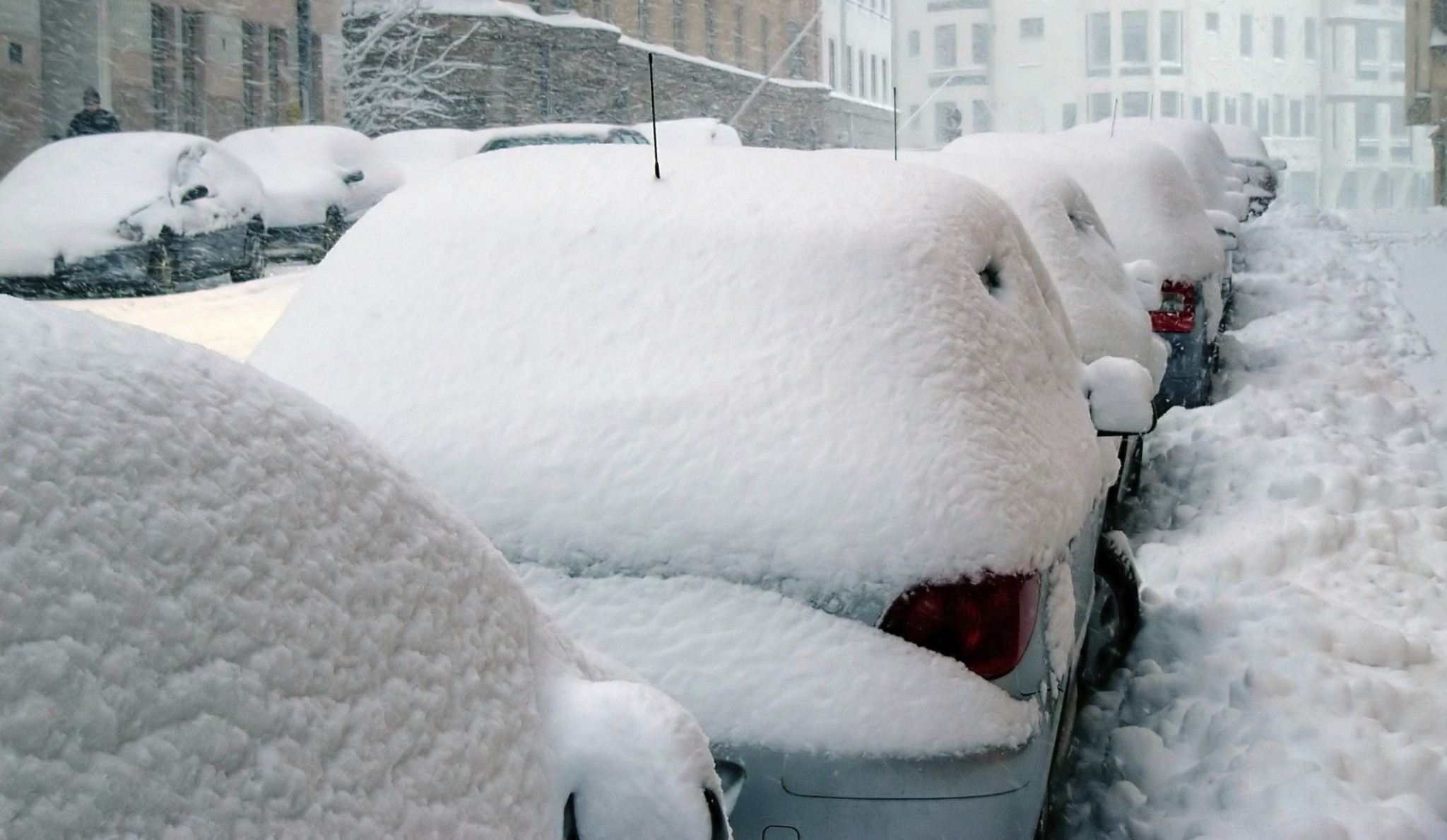 Snowbound cars Property Rights for Shoveling