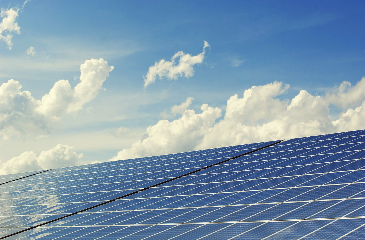 Weekly economic news roundup and solar panels in Puerto Rico