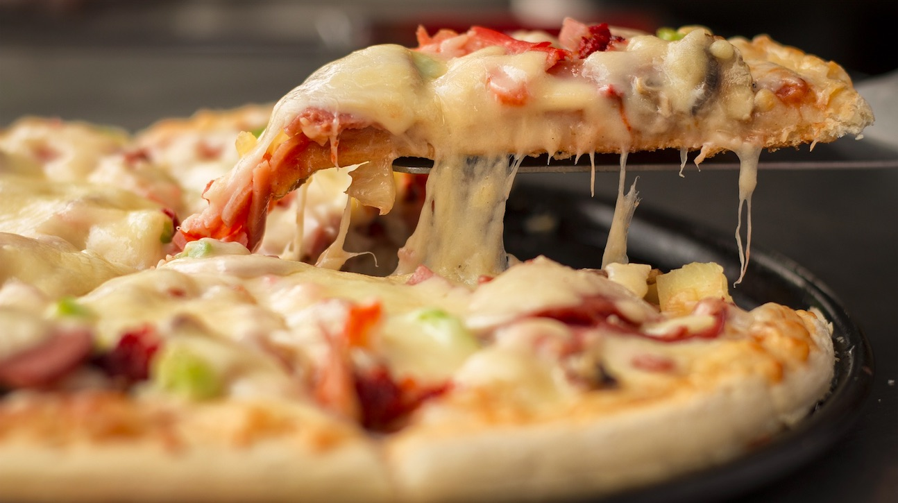 Weekly Economic News Roundup and pizza wars