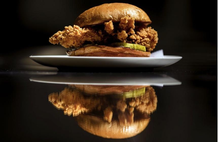 Weekly Economic News Roundup and Popeye's chicken sandwich