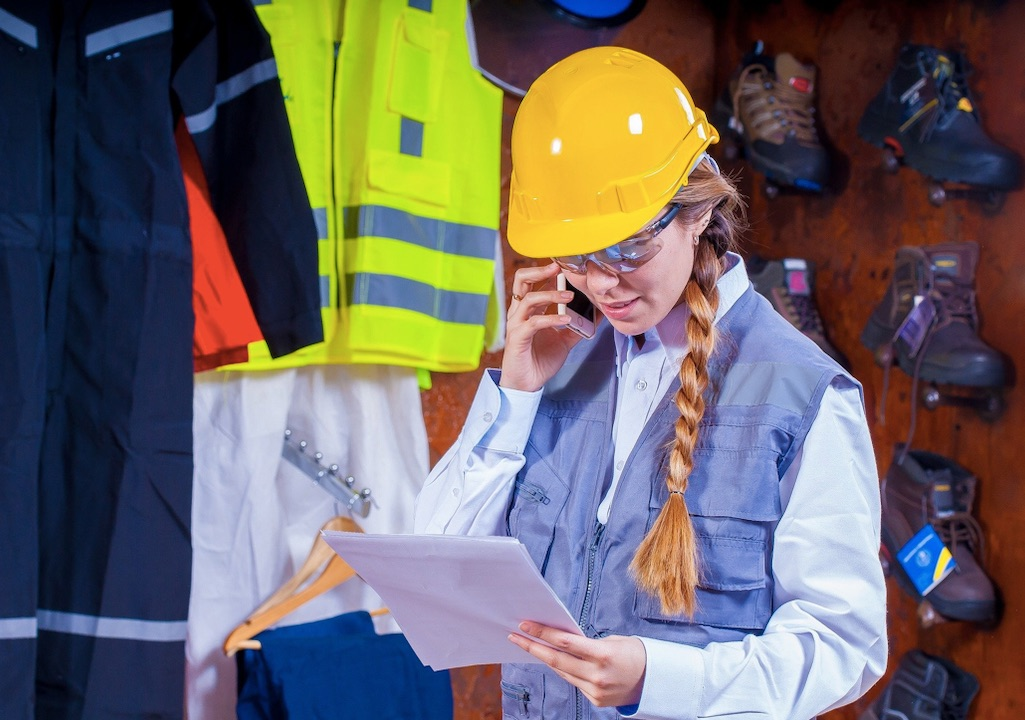 Weekly Economic News Roundup and women in construction