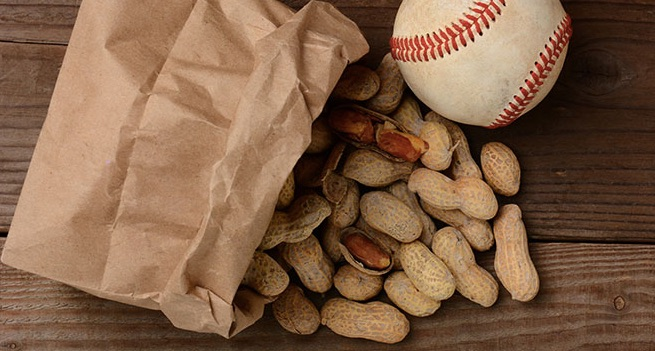 MLB peanuts and hot dogs